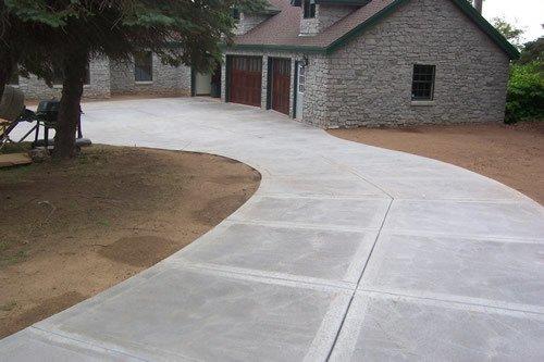 Concrete driveway next modular for Pouring concrete driveway